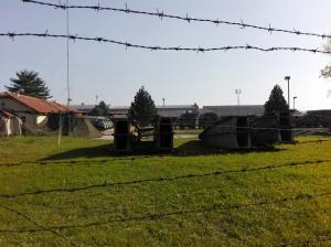 lanchas del ejército serbio bastante estropeadas en zrenjanin